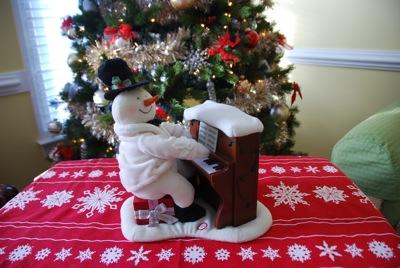Piano snowman