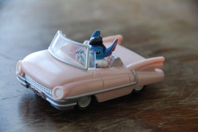 Stitch in pink cadillac